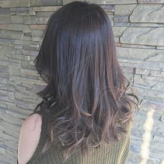デート 外国人風 ミディアム 秋 ヘアスタイルや髪型の写真・画像 ヘアスタイルや髪型の写真・画像
