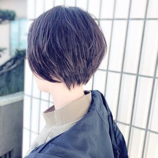 小顔ショート 小顔ヘア マッシュショート ナチュラル ヘアスタイルや髪型の写真・画像