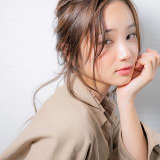 簡単ヘアアレンジ ロング ヘアアレンジ アンニュイほつれヘア ヘアスタイルや髪型の写真・画像 ヘアスタイルや髪型の写真・画像