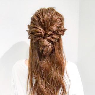 フェミニン 結婚式 謝恩会 簡単ヘアアレンジ ヘアスタイルや髪型の写真・画像