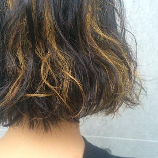 黒髪 ブリーチ ボブ ダブルカラー ヘアスタイルや髪型の写真・画像
