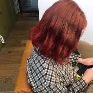 オレンジ グラデーションカラー ナチュラル レッドカラー ヘアスタイルや髪型の写真・画像