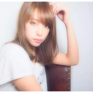 外国人風 シースルーバング 前髪あり ストレート ヘアスタイルや髪型の写真・画像