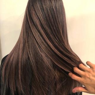 ハイライト グラデーションカラー ロング バレイヤージュ ヘアスタイルや髪型の写真・画像