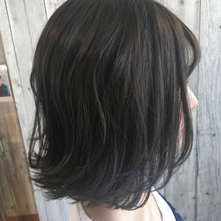 ナチュラル ボブ デート インナーカラー ヘアスタイルや髪型の写真・画像