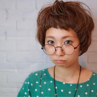 ゆるふわ 外国人風 くせ毛風 ストリート ヘアスタイルや髪型の写真・画像 ヘアスタイルや髪型の写真・画像