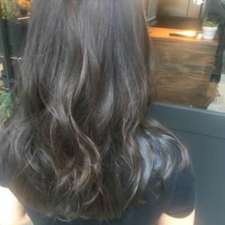 アンニュイ 外国人風カラー 外国人風 ウェーブ ヘアスタイルや髪型の写真・画像