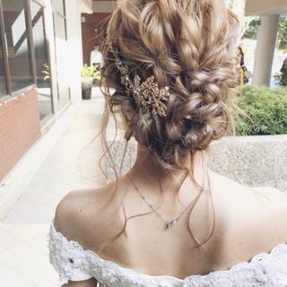 パーティ 結婚式 アンニュイ 大人女子 ヘアスタイルや髪型の写真・画像