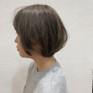 透明感 ショートボブ グレージュ モテ髪 ヘアスタイルや髪型の写真・画像