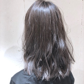 ゆるふわ ウェーブ グラデーションカラー ナチュラル ヘアスタイルや髪型の写真・画像