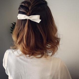 ラフ ナチュラル ヘアアレンジ 編み込み ヘアスタイルや髪型の写真・画像 ヘアスタイルや髪型の写真・画像
