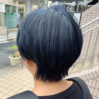 ショート ショートヘア ネイビーブルー 小顔ショート ヘアスタイルや髪型の写真・画像