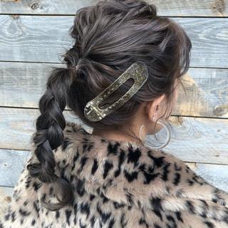 セミロング ナチュラル 簡単ヘアアレンジ パーマ ヘアスタイルや髪型の写真・画像 ヘアスタイルや髪型の写真・画像