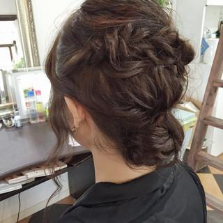 愛され ロング シニヨン ゆるふわ ヘアスタイルや髪型の写真・画像