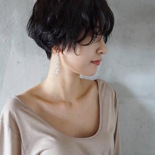 アンニュイ 黒髪 ナチュラル アンニュイほつれヘア ヘアスタイルや髪型の写真・画像 ヘアスタイルや髪型の写真・画像