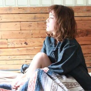 色気 パーマ 冬 くせ毛風 ヘアスタイルや髪型の写真・画像