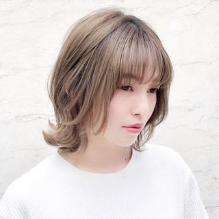 モテボブ フェミニン レイヤー ハイライト ヘアスタイルや髪型の写真・画像