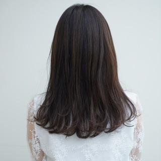 ミディアム オフィス パーマ デート ヘアスタイルや髪型の写真・画像