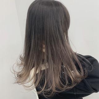グレージュ アッシュグレージュ ナチュラル 外国人風 ヘアスタイルや髪型の写真・画像