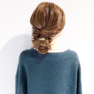 大人女子 三つ編み ヘアアレンジ フェミニン ヘアスタイルや髪型の写真・画像