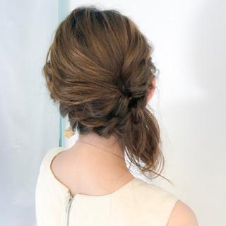 簡単ヘアアレンジ ヘアアレンジ アウトドア セミロング ヘアスタイルや髪型の写真・画像