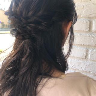 ナチュラル セミロング デート 簡単ヘアアレンジ ヘアスタイルや髪型の写真・画像