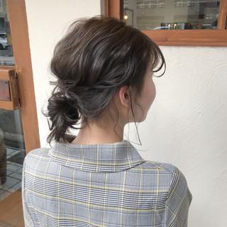 グラデーション 3Dハイライト オリーブベージュ ショートボブ ヘアスタイルや髪型の写真・画像