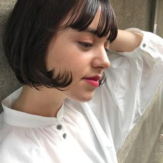 オフィス ナチュラル シースルーバング 冬 ヘアスタイルや髪型の写真・画像
