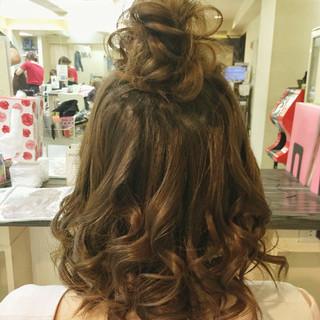 ゆるふわ お団子 ナチュラル ヘアアレンジ ヘアスタイルや髪型の写真・画像 ヘアスタイルや髪型の写真・画像