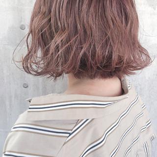 ミルクティーベージュ ボブ ナチュラル 大人かわいい ヘアスタイルや髪型の写真・画像