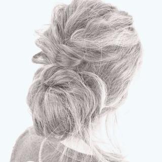 ショート ヘアアレンジ ハイライト くせ毛風 ヘアスタイルや髪型の写真・画像