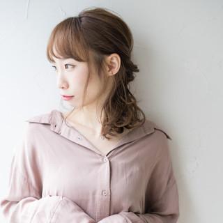 ミディアム 大人可愛い ローポニーテール 簡単ヘアアレンジ ヘアスタイルや髪型の写真・画像