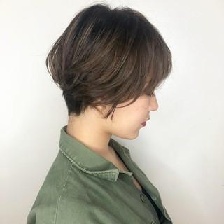 ハンサムショート ハイライト 透明感 ナチュラル ヘアスタイルや髪型の写真・画像