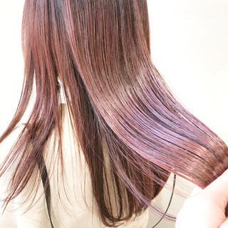 透明感カラー ピンクカラー デザインカラー ナチュラル ヘアスタイルや髪型の写真・画像