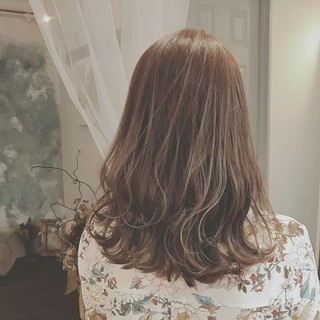 アンニュイ 夏 上品 グレージュ ヘアスタイルや髪型の写真・画像