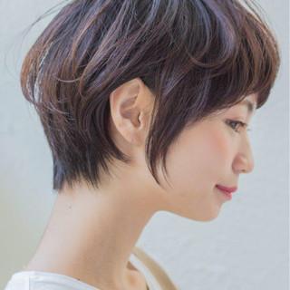 ショート 小顔 美シルエット ナチュラル ヘアスタイルや髪型の写真・画像