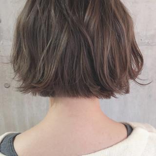 ボブ 切りっぱなしボブ ショートボブ ナチュラル ヘアスタイルや髪型の写真・画像 ヘアスタイルや髪型の写真・画像