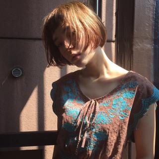 ワイドバング ボブ ピュア ストリート ヘアスタイルや髪型の写真・画像