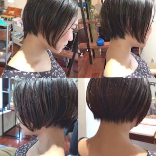 ナチュラル ショート 前髪あり 色気 ヘアスタイルや髪型の写真・画像