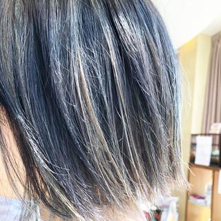 外国人風カラー ボブ シルバー ハイトーン ヘアスタイルや髪型の写真・画像