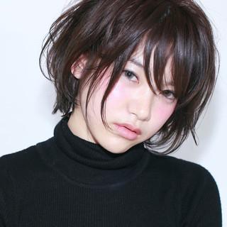 黒髪 ショート ナチュラル 暗髪 ヘアスタイルや髪型の写真・画像