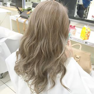 ハイトーン 外国人風カラー ブリーチ ストリート ヘアスタイルや髪型の写真・画像