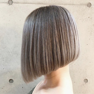ボブ 外国人風カラー ベージュ ストリート ヘアスタイルや髪型の写真・画像