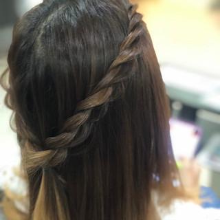 フェミニン ハーフアップ 大人可愛い ナチュラル可愛い ヘアスタイルや髪型の写真・画像