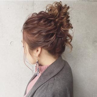 大人かわいい 簡単ヘアアレンジ ヘアアレンジ ガーリー ヘアスタイルや髪型の写真・画像