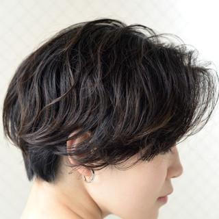 ボブ パーマ ショートボブ 黒髪 ヘアスタイルや髪型の写真・画像