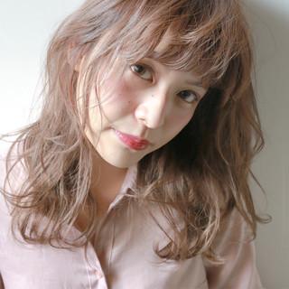ヘアアレンジ 冬 大人女子 ナチュラル ヘアスタイルや髪型の写真・画像