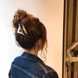 イルミナカラー お団子 上品 ミディアム ヘアスタイルや髪型の写真・画像 ヘアスタイルや髪型の写真・画像