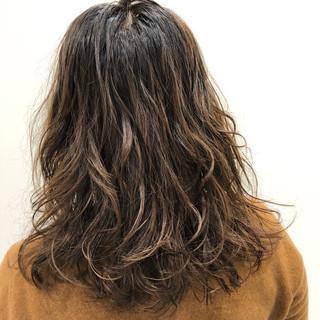 デジタルパーマ ミディアム 春 ヘアアレンジ ヘアスタイルや髪型の写真・画像