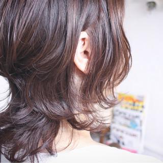 モーブ ラベンダーピンク セミロング フェミニン ヘアスタイルや髪型の写真・画像